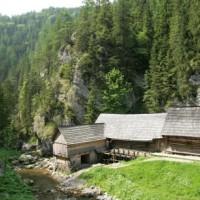 Oblazy - drevené vodné mlyny v Kavčianskej Doline